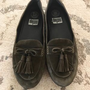 Fitflops dark green leather loafers 8 slippers